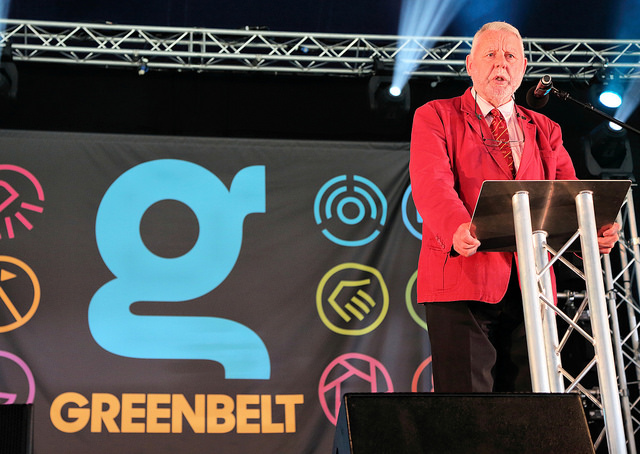 """Taken on Trust"" Terry Waite speaks at Greenbelt"